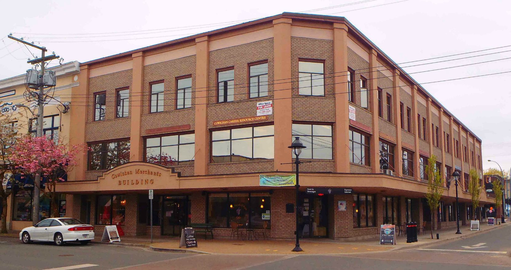 Cowichan Merchants Building, viewed from Station Street and Craig Street