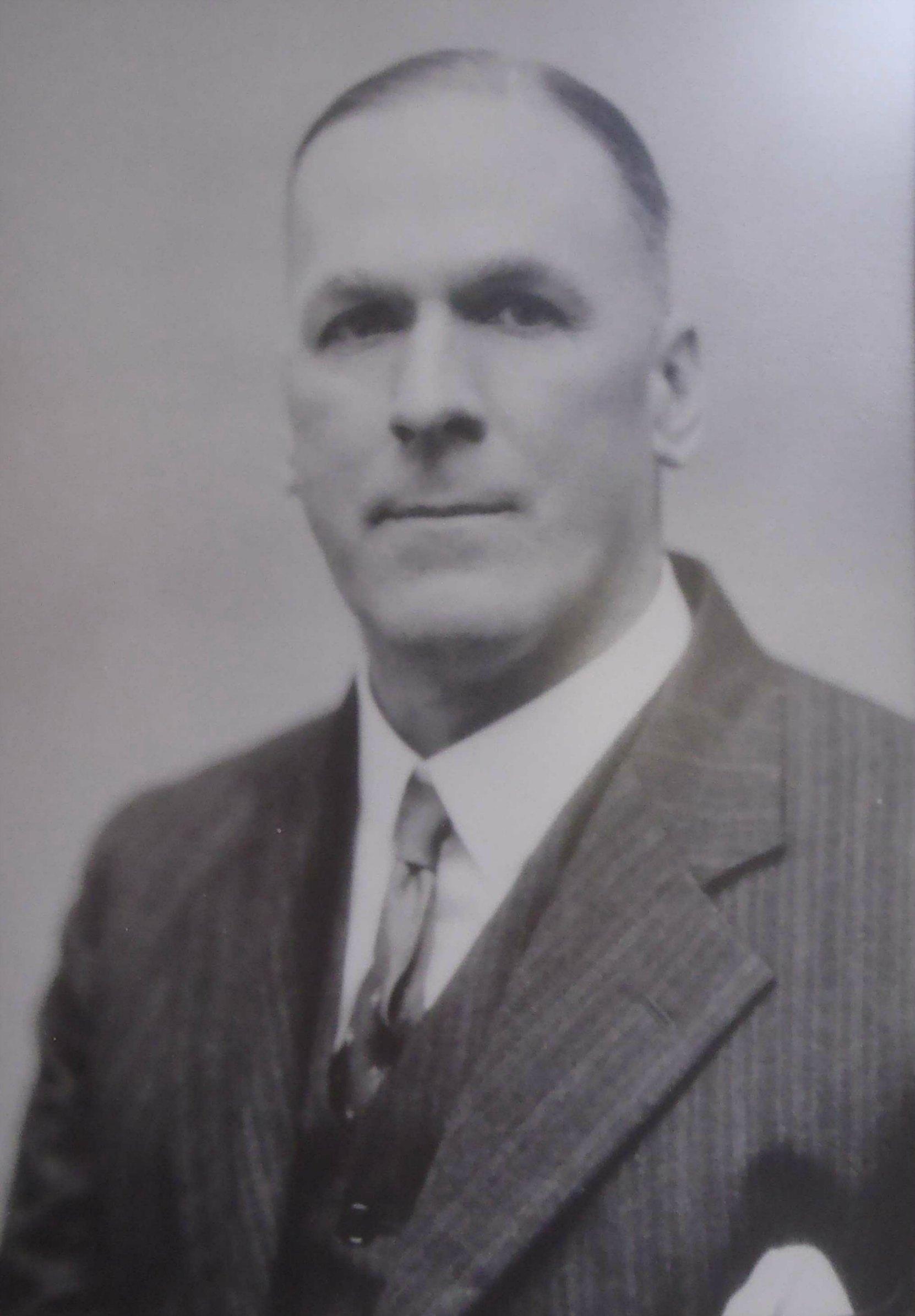 Kenneth Forrest Duncan, circa 1920.