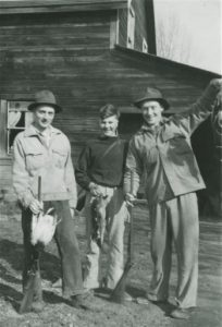 Edward Bergman (center), Leslie Smith (left) and Murray Creighton (right), circa 1930's. Edward Bergman became a member of Temple Lodge No. 33 and Tzouhalem Chapter 26 (photo: http://smithfamhis.blogspot.com )